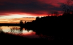 Quail_lake_red_sunrise_1440x900