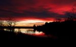 Quail_Lake_sunrise_red_2